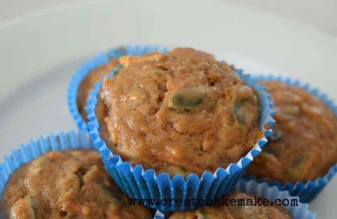 carrot banana and cinnamon muffins1