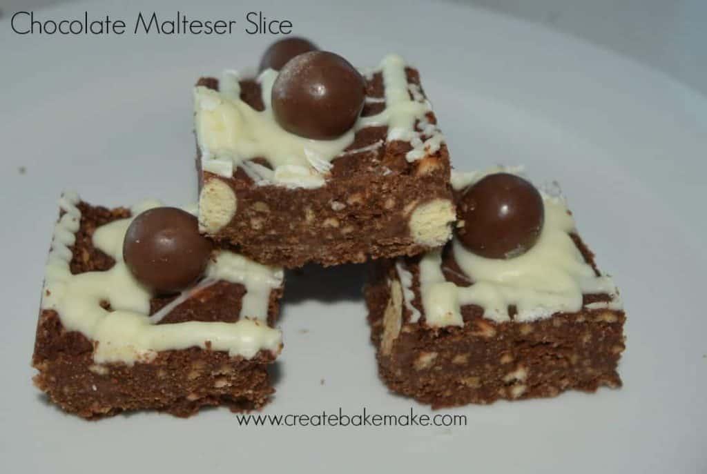 how to make malteser tray bake