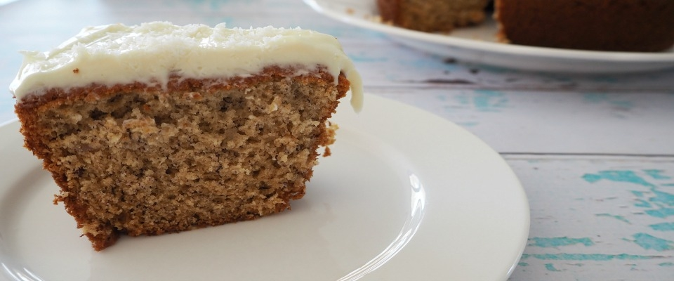 Fluffy Banana Cake with Cream Cheese Frosting
