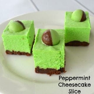 Peppermint Cheesecake Slice