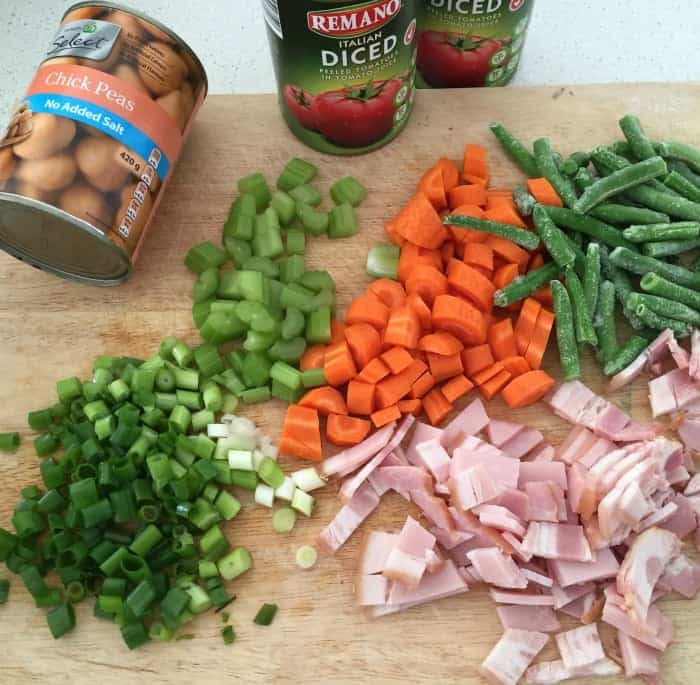 Hearty Tomato and Vegetable Soup 1