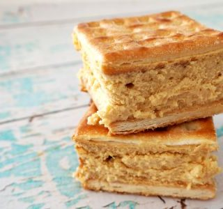 Caramel Lattice Cheesecake Slice
