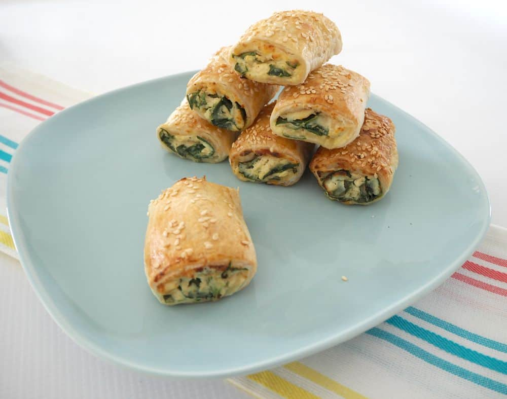 easy simple spinach and Ricotta rolls