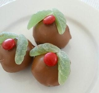 No Bake Christmas Mint Cheesecake Balls