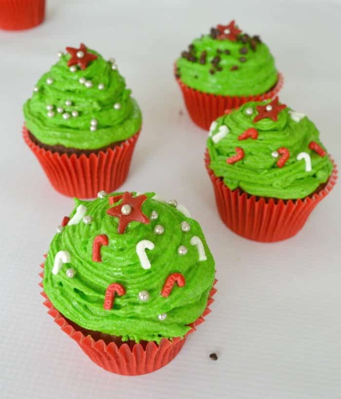 Christmas Tree Cupcakes 2