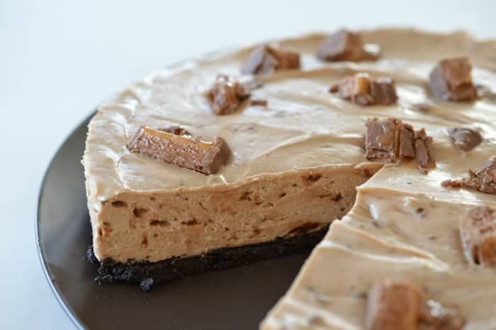 The best Mars Bar Cheesecake Recipe