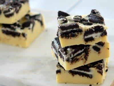 Three Ingredient Cookies and Cream Fudge