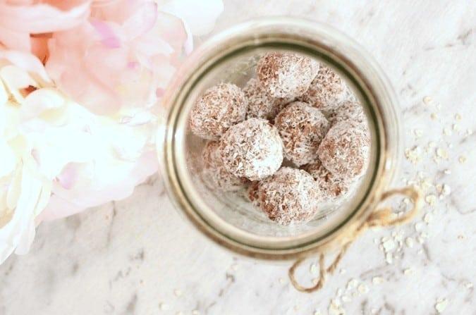Sugar free bliss ball recipe