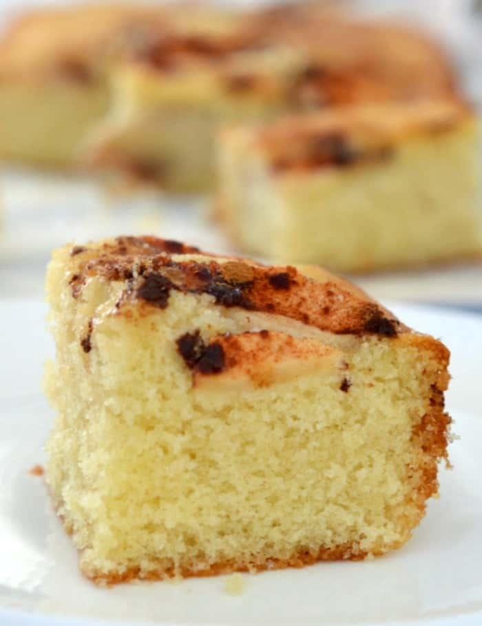 Simple Apple and Cinnamon Cake Recipe