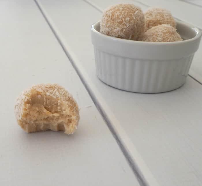 No bake Lemon and Coconut Balls