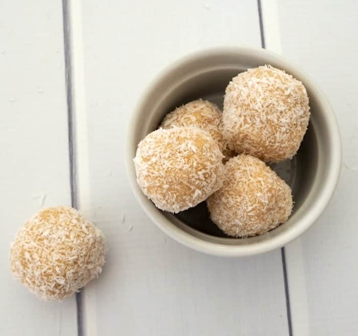 Thermomix No bake Lemon and Coconut Balls
