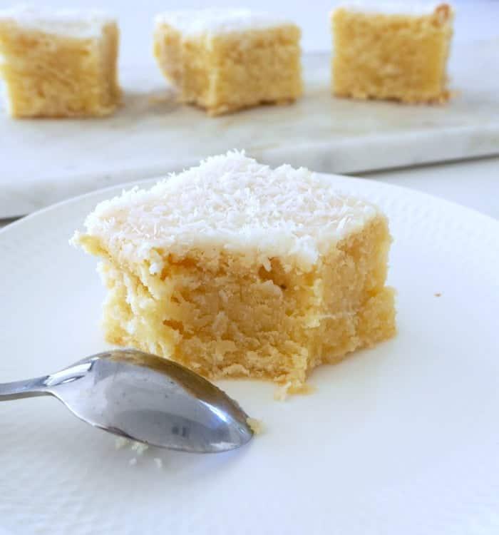 Easy Lemon and Coconut Blondie Recipe