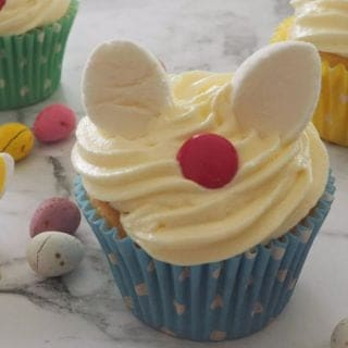 How to make Easter Bunny Cupcakes. These cupcakes make a great kids Easter activity and both regular and Thermomix instructions are included.