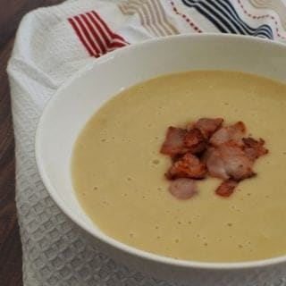 How to Make an easy Potato Bacon and Leek Soup - both regular and Thermomix instructions included.