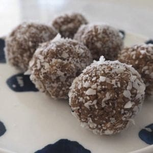 How to make Milo and Weet-Bix Balls - Both regular and Thermomix instructions included.