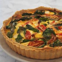 How to make a Bacon Spinach and Feta Quiche. Both regular and Thermomix instructions included.