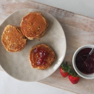 Easy Apple Pikelets Recipe with both regular and Thermomix instructions included.