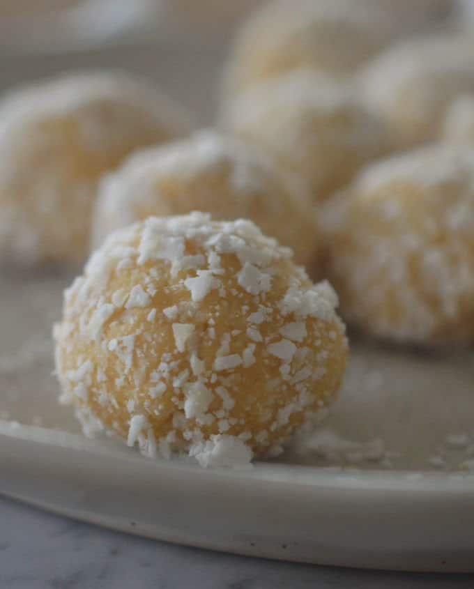 Easy Caramilk Balls Recipe