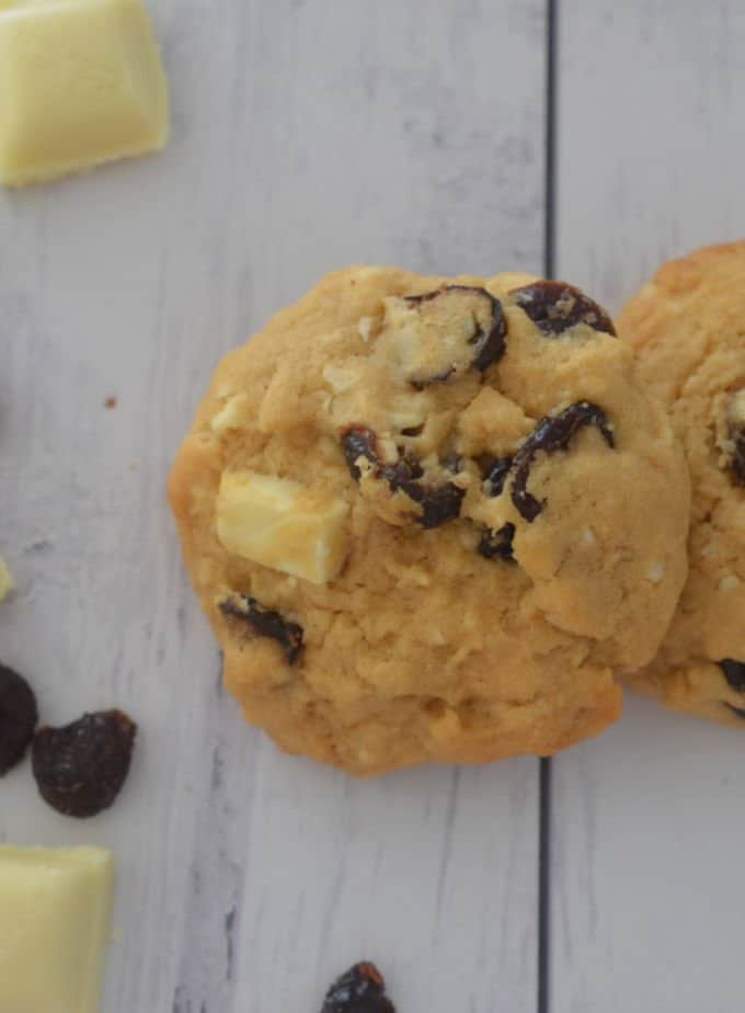An easy Cranberry and White Chocolate Chunk Biscuits recipe, both regular and Thermomix instructions included.