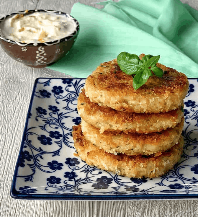 Side view of stack of tuna cakes