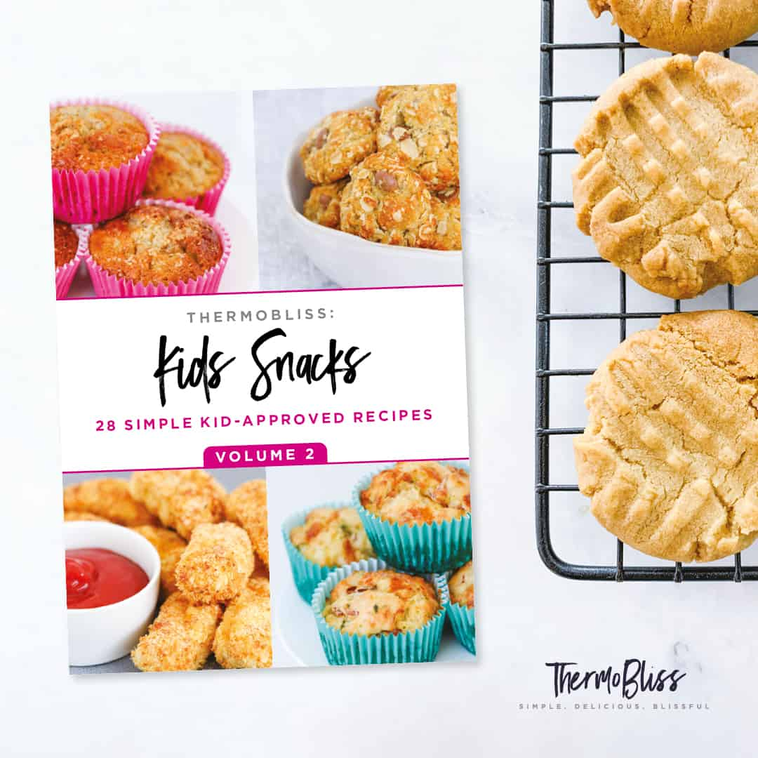 Front cover of thermobliss snacks book